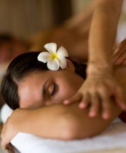 massage polynésienLomi-Lomi